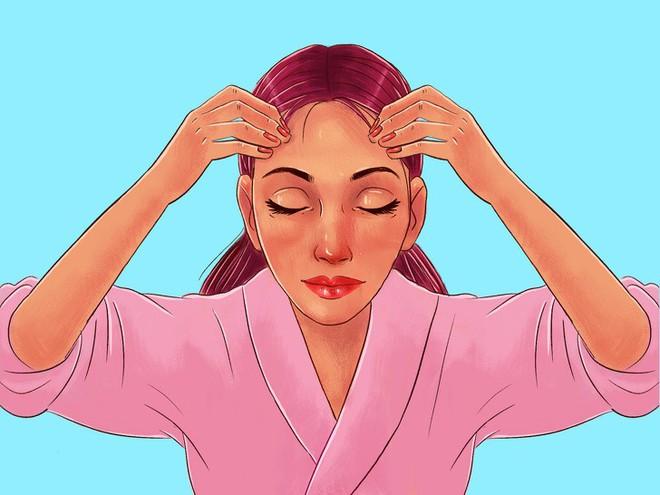 Chuyên gia của Meghan Markle chia sẻ 10 bước massage giúp Công nương có được làn da luôn căng bóng, trẻ trung - ảnh 14