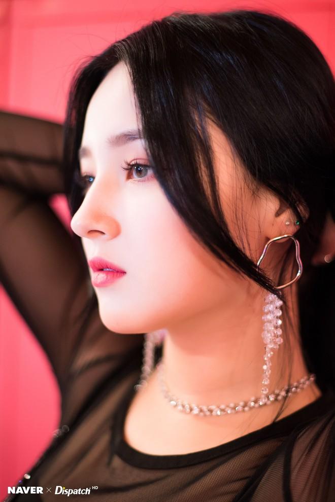 Góc nghiêng thần thánh của idol con lai Kpop: Nữ thần như Somi, Nancy có đọ được với Vernon, Samuel? - Ảnh 20.