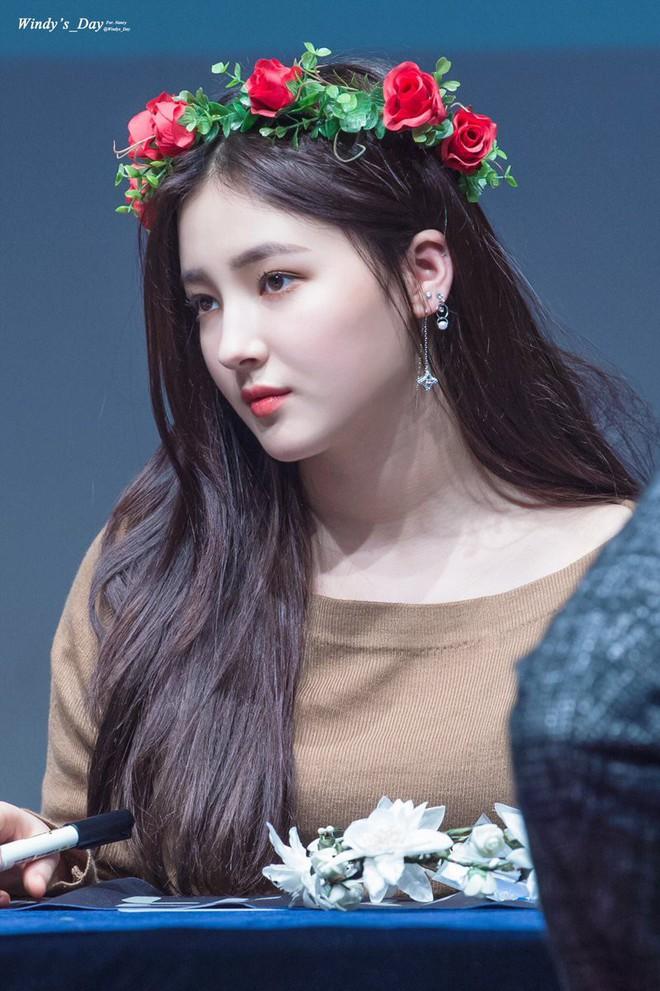 Góc nghiêng thần thánh của idol con lai Kpop: Nữ thần như Somi, Nancy có đọ được với Vernon, Samuel? - Ảnh 22.