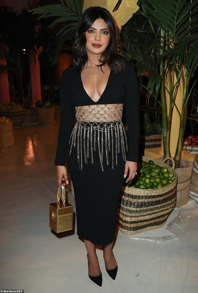 """Dự show Oscar de la Renta, Jessica Jung lại bị báo quốc tế """"dìm"""" dù cất công diện đồ hơn trăm triệu và makeup """"chanh sả"""" - ảnh 9"""