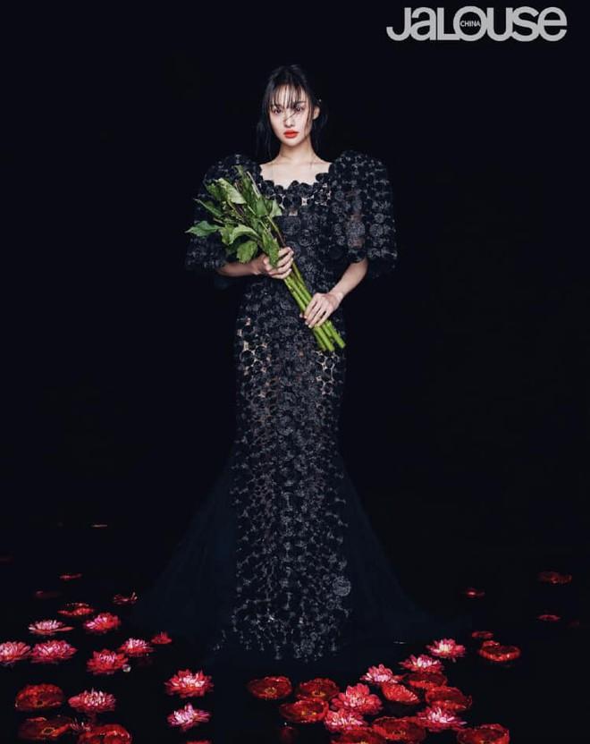 Lần đầu tiên trong sự nghiệp Trịnh Sảng chụp ảnh tạp chí thời trang: Nhan sắc và body đẹp nức nở giờ mới chịu hé lộ - ảnh 3