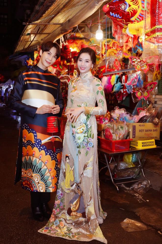 Không phải Trấn Thành, Hari Won bất ngờ tình tứ bên mỹ nam nhóm nhạc Kpop đình đám một thời trong bộ ảnh Trung Thu - ảnh 7