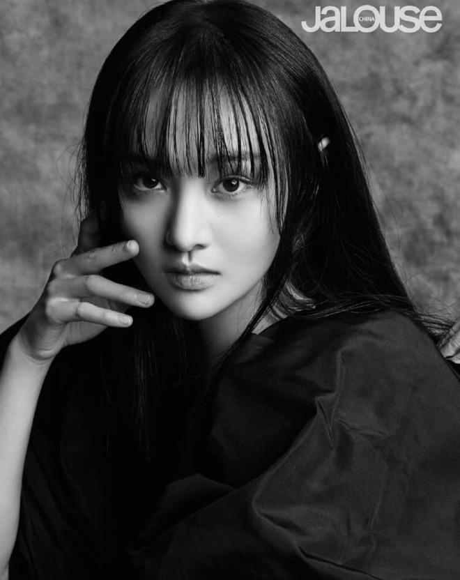 Lần đầu tiên trong sự nghiệp Trịnh Sảng chụp ảnh tạp chí thời trang: Nhan sắc và body đẹp nức nở giờ mới chịu hé lộ - ảnh 7