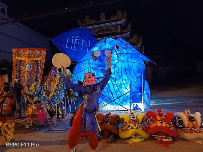 Những chiếc đèn lồng siêu to khổng lồ với muôn vàn biểu cảm hài hước trong dịp Trung thu khiến nhiều người bật cười ngặt nghẽo - ảnh 1