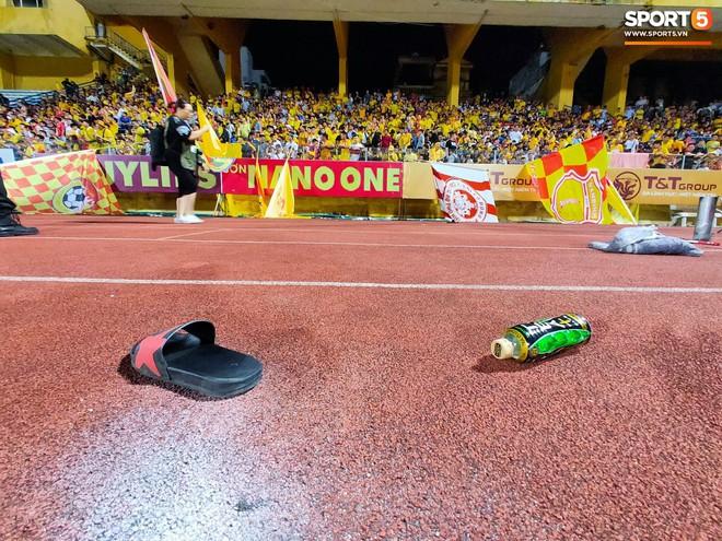 Người Nam Định xin lỗi vụ fan nữ đổ máu vì pháo hiệu trên sân Hàng Đẫy - ảnh 4