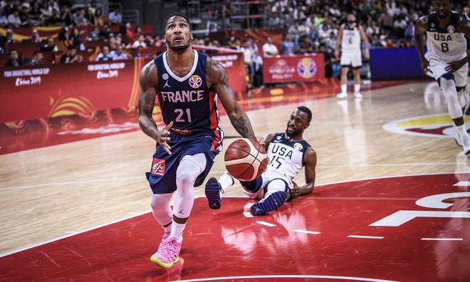 Phế truất nhà vô địch, Pháp hiên ngang tiến vào bán kết FIBA World Cup 2019 - ảnh 1