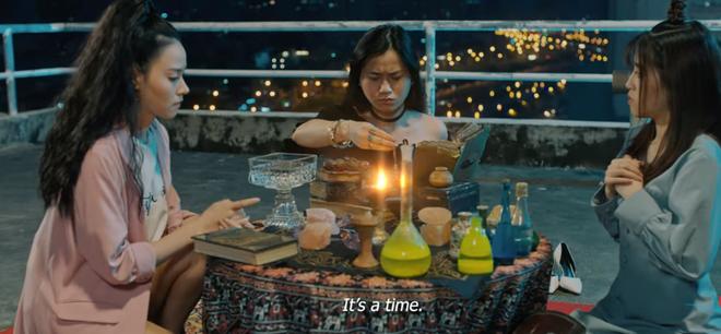 Trịnh Thăng Bình hóa hồn ma bóng quế, ám Midu mấy kiếp không buông ở trailer Nhân Duyên: Người Yêu Tiền Kiếp? - ảnh 7