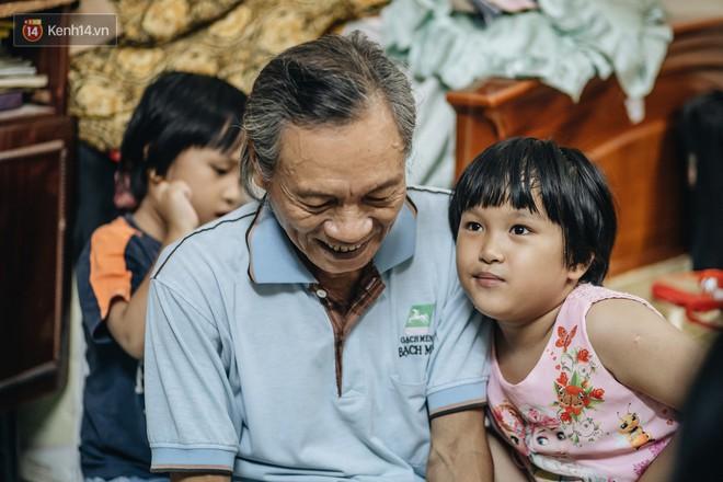 Chuyện nữ bác sĩ 53 tuổi sinh đôi 2 bé gái ở Hà Nội: Tôi có được con là tốt lắm rồi, không có chúng đời tôi còn khổ hơn nữa - ảnh 11