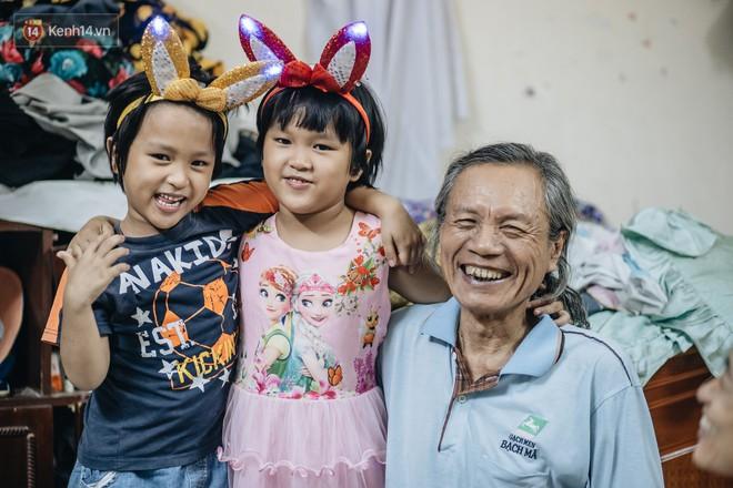 Chuyện nữ bác sĩ 53 tuổi sinh đôi 2 bé gái ở Hà Nội: Tôi có được con là tốt lắm rồi, không có chúng đời tôi còn khổ hơn nữa - ảnh 6