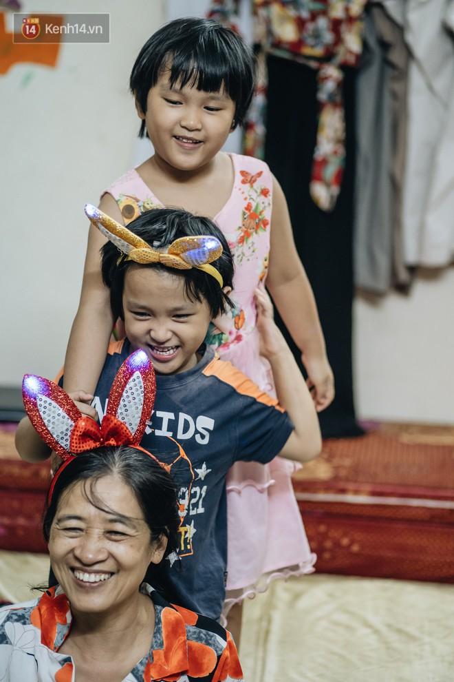 Chuyện nữ bác sĩ 53 tuổi sinh đôi 2 bé gái ở Hà Nội: Tôi có được con là tốt lắm rồi, không có chúng đời tôi còn khổ hơn nữa - ảnh 3