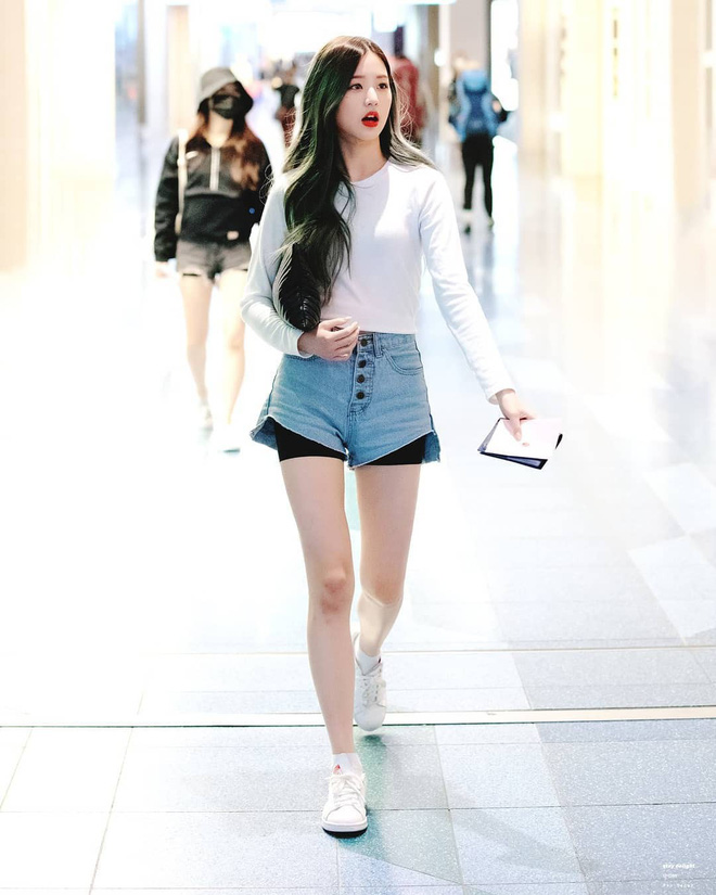 17 mỹ nhân Kpop sở hữu body tỉ lệ như ma nơ canh: Lisa và Tzuyu không đọ lại được với mỹ nhân đẹp nhất thế giới - Ảnh 15.