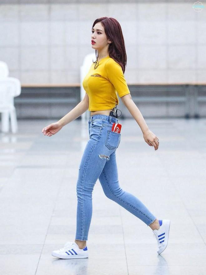 17 mỹ nhân Kpop sở hữu body tỉ lệ như ma nơ canh: Lisa và Tzuyu không đọ lại được với mỹ nhân đẹp nhất thế giới - Ảnh 7.