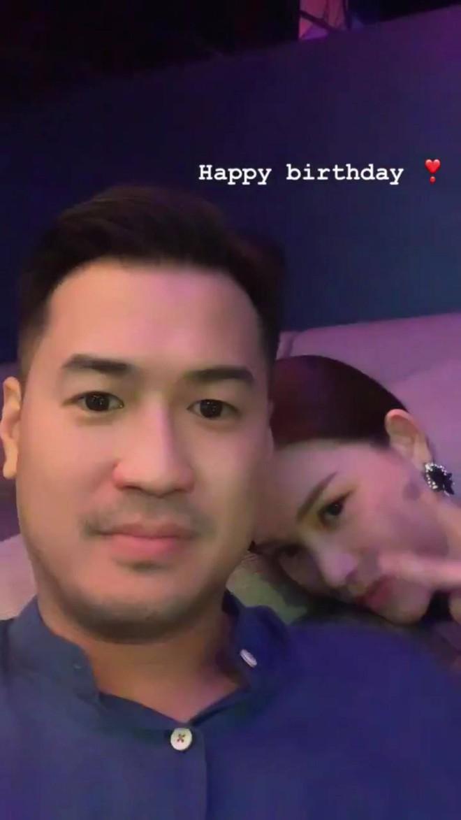Thiếu gia Phillip Nguyễn tiết lộ lần đầu gặp mặt Linh Rin: Đúng y mô tuýp trong phim ngôn tình, đọc đến đâu thích thú đến đó! - ảnh 3