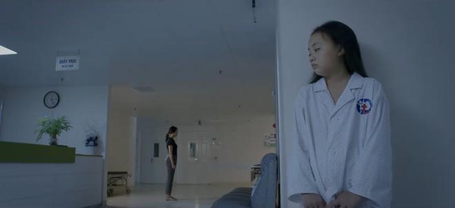"""""""Hoa Hồng Trên Ngực Trái"""": Cha mẹ cứ hạnh họe nhau đi, tổn thương con cái gánh chịu cả! - ảnh 7"""