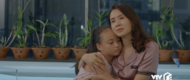 """""""Hoa Hồng Trên Ngực Trái"""": Cha mẹ cứ hạnh họe nhau đi, tổn thương con cái gánh chịu cả! - ảnh 8"""