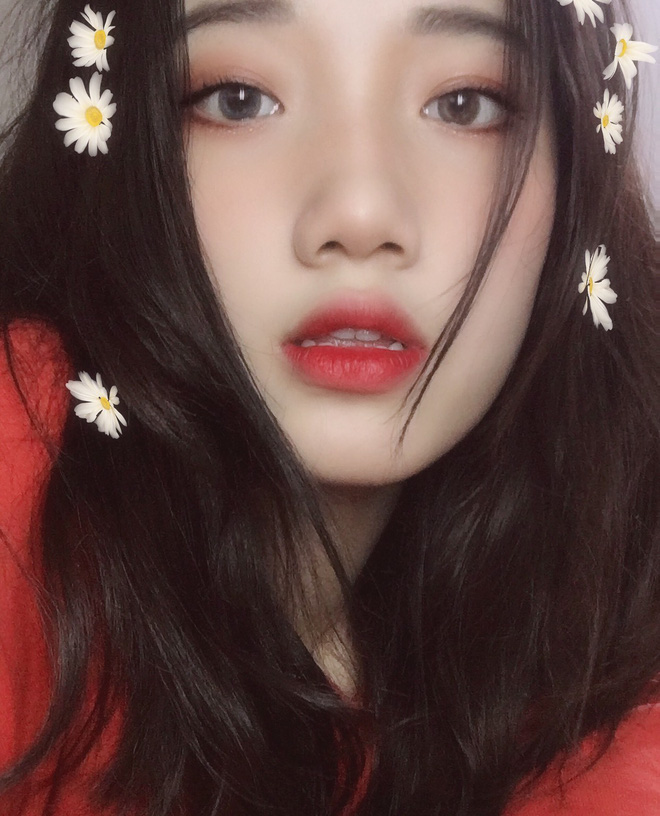 Hotgirl áo dài Đà Nẵng gây sốt bởi  góc nghiêng cực giống Suzy, sở hữu hơn 60k follow Instagram và hàng chục clip triệu view - ảnh 7