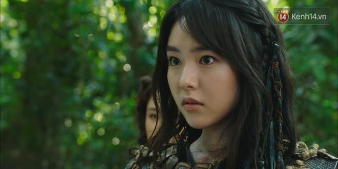 Arthdal Niên Sử Kí tập 16: Song Joong Ki suýt mất mạng nếu không có mỹ nhân Nhật Erika Karata! - Ảnh 3.