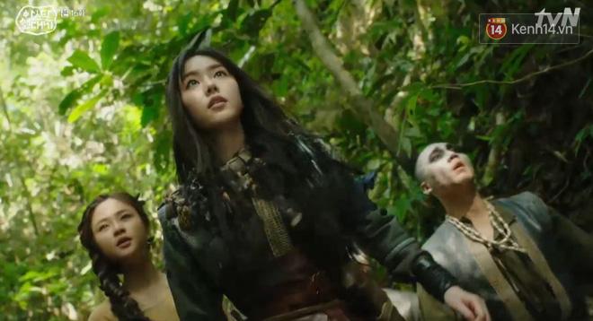 Arthdal Niên Sử Kí tập 16: Song Joong Ki suýt mất mạng nếu không có mỹ nhân Nhật Erika Karata! - Ảnh 4.
