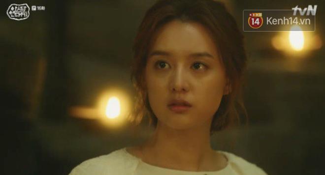 Song Joong Ki ôn nhu ôm ấp Kim Ji Won, chèo kéo crush về đội của mình để chống đối cha ngay tập 16 Arthdal Niên Sử Kí - Ảnh 11.