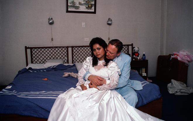 Loạt website giới thiệu cô dâu Philippines muốn lấy chồng ngoại, chấp nhận bị trưng bày như hàng hóa để đổi đời nhưng hầu hết là lừa đảo - ảnh 1