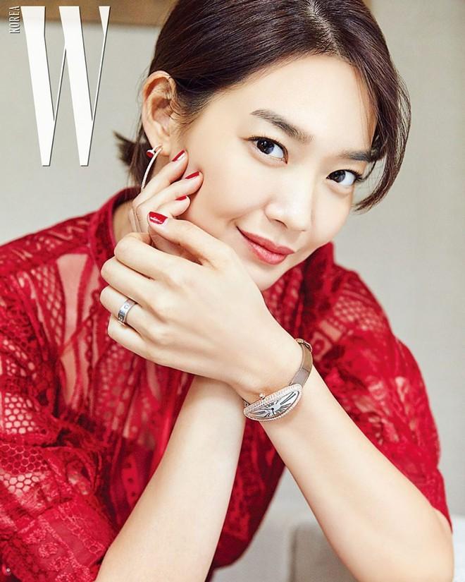 Không thèm chỉnh ảnh, bạn gái Kim Woo Bin vẫn khiến Dispatch mê mẩn vì nhan sắc và nét duyên hiếm có - ảnh 5