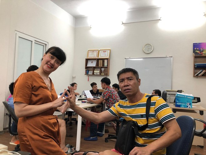 4 tháng nữa mới đến Tết Nguyên Đán, dàn nghệ sĩ phía Bắc đã họp mặt rầm rộ tập luyện Táo Quân 2020? - ảnh 2