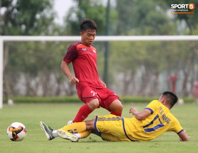 U19 Việt Nam thay đổi tích cực trong lần thử lửa đầu tiên dưới thời HLV trưởng Philippe Troussier - ảnh 7