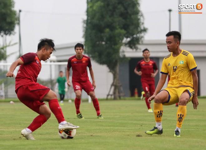 U19 Việt Nam thay đổi tích cực trong lần thử lửa đầu tiên dưới thời HLV trưởng Philippe Troussier - ảnh 5