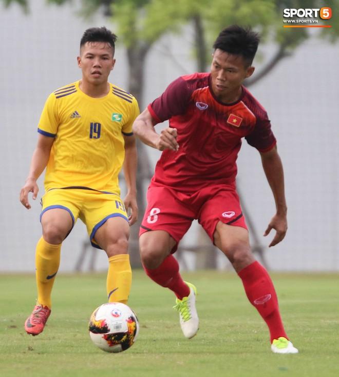 U19 Việt Nam thay đổi tích cực trong lần thử lửa đầu tiên dưới thời HLV trưởng Philippe Troussier - ảnh 3