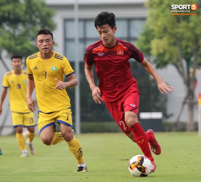 U19 Việt Nam thay đổi tích cực trong lần thử lửa đầu tiên dưới thời HLV trưởng Philippe Troussier - ảnh 2