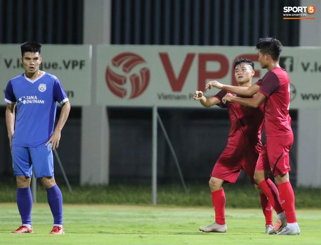 U19 Việt Nam thay đổi tích cực trong lần thử lửa đầu tiên dưới thời HLV trưởng Philippe Troussier - ảnh 14
