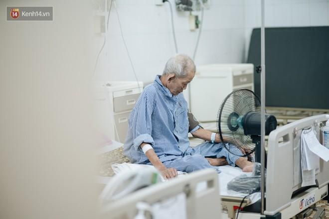 Bác sĩ cảnh báo tình trạng ô nhiễm không khí ở Hà Nội: Chúng ta đang quá lạm dụng khái niệm khẩu trang y tế - ảnh 4