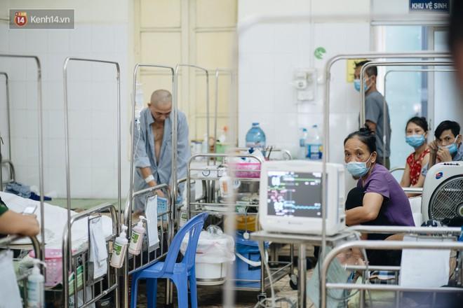 Bác sĩ cảnh báo tình trạng ô nhiễm không khí ở Hà Nội: Chúng ta đang quá lạm dụng khái niệm khẩu trang y tế - ảnh 3