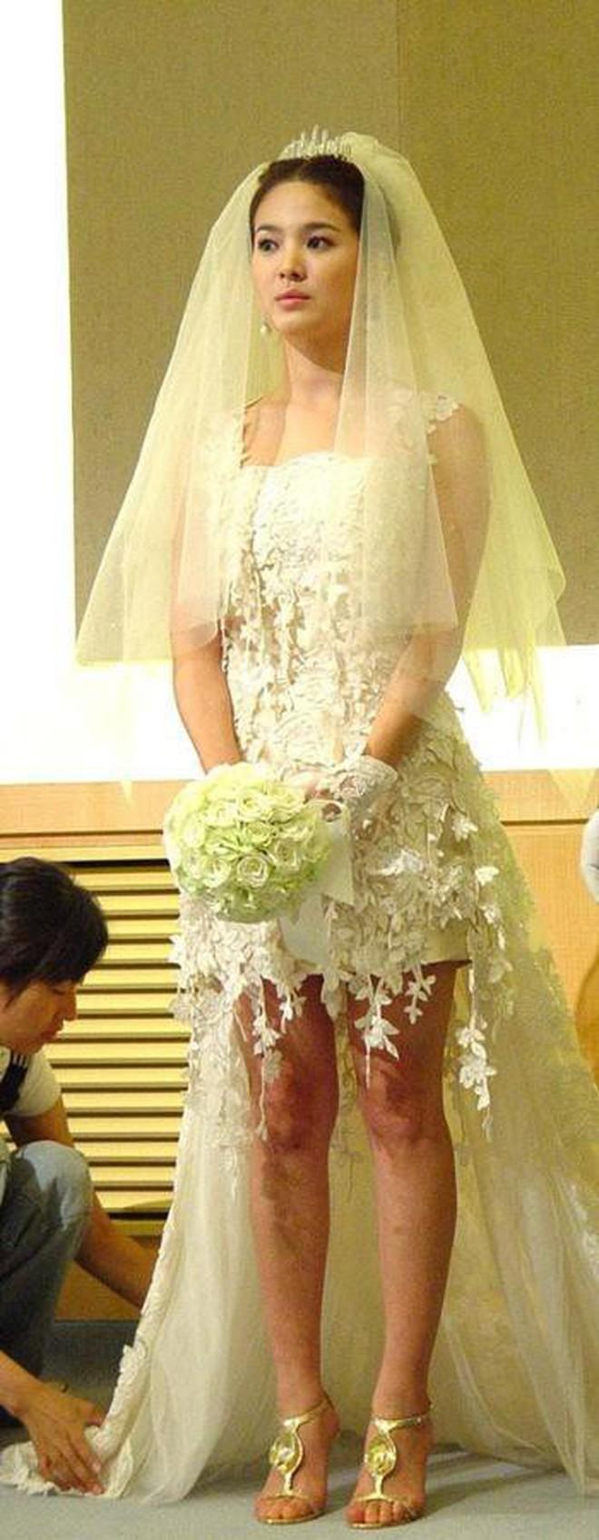 Rò rỉ ảnh váy cưới trong Full House bản Trung Quốc: được khen ăn đứt váy của Song Hye Kyo khi xưa - ảnh 9