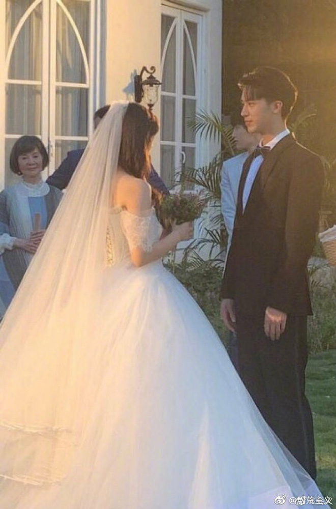 Rò rỉ ảnh váy cưới trong Full House bản Trung Quốc: được khen ăn đứt váy của Song Hye Kyo khi xưa - ảnh 3