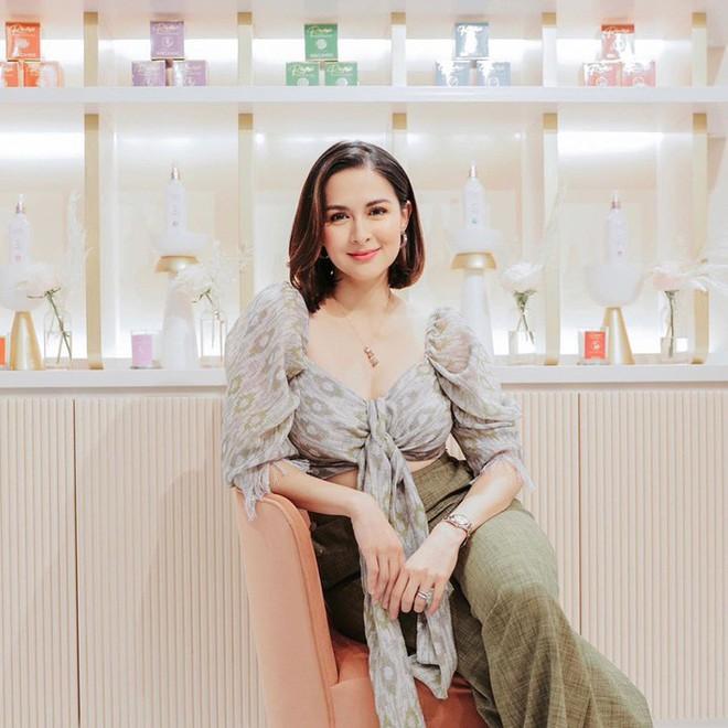 Vừa cắt tóc, mẹ 3 con đẹp nhất Philippines khiến dân tình ngỡ ngàng vì quá giống Song Hye Kyo - ảnh 2