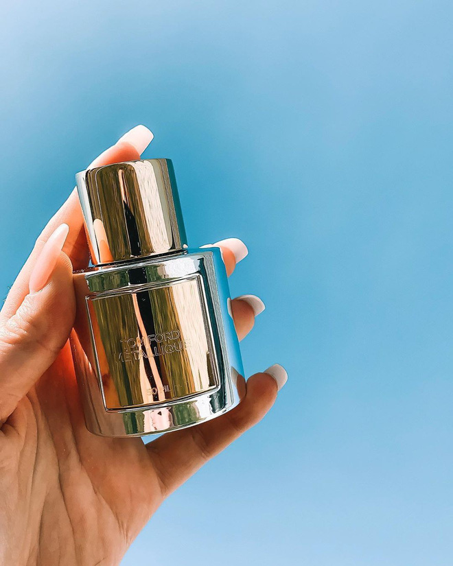 Sắm ngay 1 trong 9 chai nước hoa với hương thơm tươi mát, trong trẻo sau nếu bạn vẫn còn lưu luyến mùa hè - ảnh 3