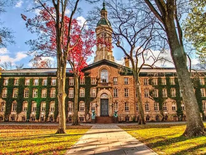 Lương của sinh viên Harvard mới ra trường đã lên đến 1.6 tỷ đồng nhưng vẫn thấp hơn nhiều trường khác trong khối Ivy League - Ảnh 2.
