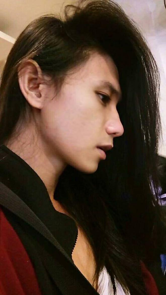 Tăng cân đổi phong cách, chàng nhạc công hóa mỹ nam tóc dài gây sốt - ảnh 9