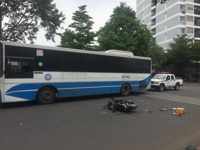 TP.HCM: Nghi đuổi theo kẻ cướp giật, nữ sinh viên 20 tuổi bị tai nạn chấn thương nặng - ảnh 1
