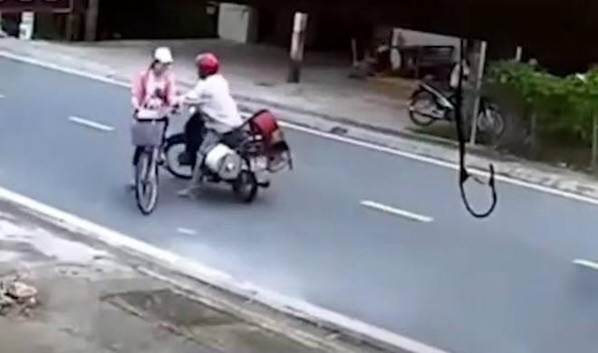 Xác minh danh tính người đàn ông chặn đường, sàm sỡ bé gái ở Nam Định - ảnh 1