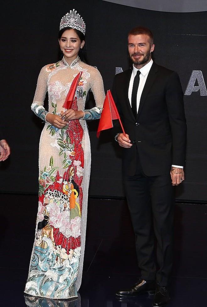 Không chỉ phù phép trên thảm đỏ quốc tế, thiết kế áo dài của NTK Công Trí cũng chinh phục hết sao nội đến sao ngoại - ảnh 7
