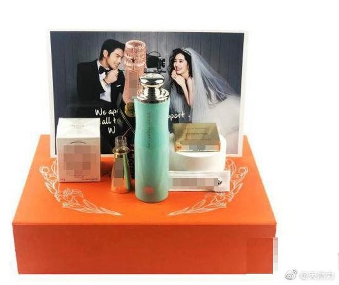 Đám cưới như trò hề của Cbiz: Liên tục phủ nhận, tình cũ Seungri và cháu trùm mafia Hong Kong hôm nay tung ảnh hôn lễ - ảnh 5