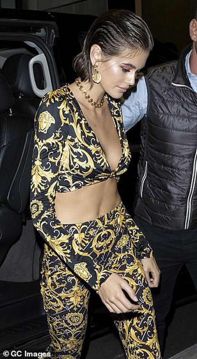 Xuất hiện đối thủ của cặp chân dài thế hệ mới Kendall Jenner và Gigi Hadid: Sắc vóc và gia thế đều không thua kém - ảnh 6