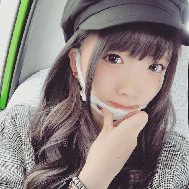 Sở hữu mặt mộc xấu kém xinh, hot girl Nhật Bản vẫn hút cả triệu fan nhờ tài nghệ 'biến hình' đỉnh cao - ảnh 3