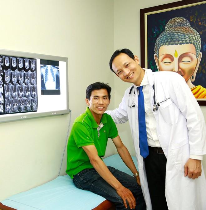 Ai cũng vậy, xin hãy chủ động đi kiểm tra sức khoẻ định kỳ hằng năm và lời nhắc nhở đáng lưu tâm của bác sĩ BV Việt Đức - ảnh 1