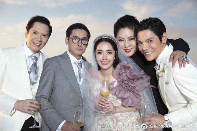Đám cưới như trò hề của Cbiz: Liên tục phủ nhận, tình cũ Seungri và cháu trùm mafia Hong Kong hôm nay tung ảnh hôn lễ - ảnh 20