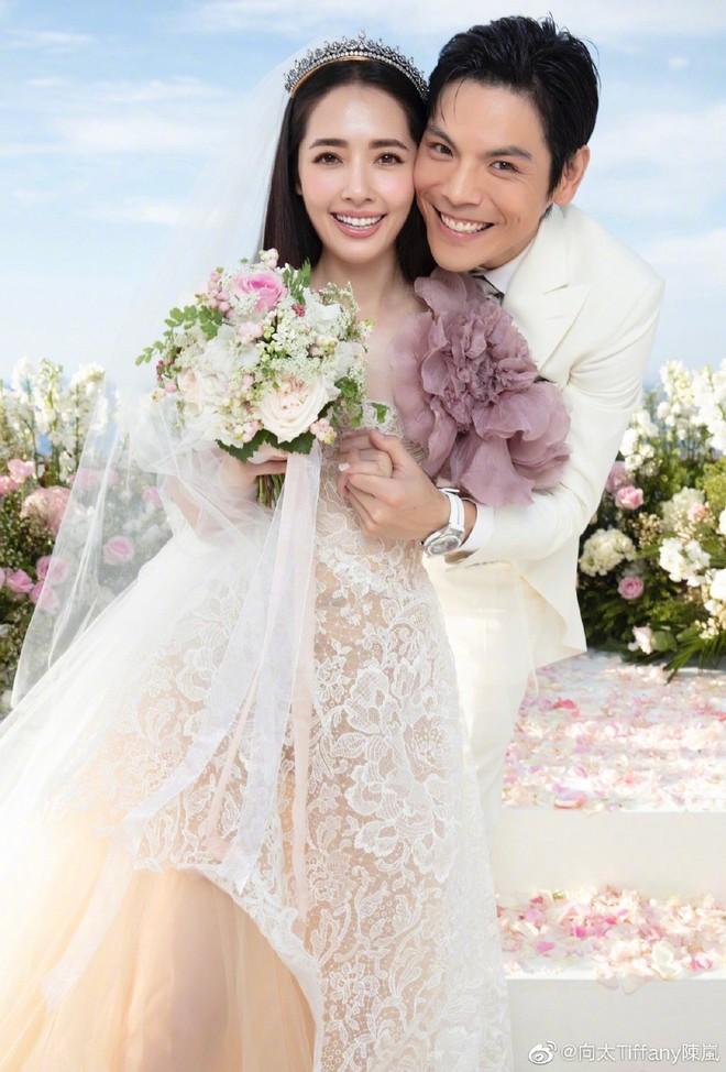 Đám cưới như trò hề của Cbiz: Liên tục phủ nhận, tình cũ Seungri và cháu trùm mafia Hong Kong hôm nay tung ảnh hôn lễ - ảnh 18