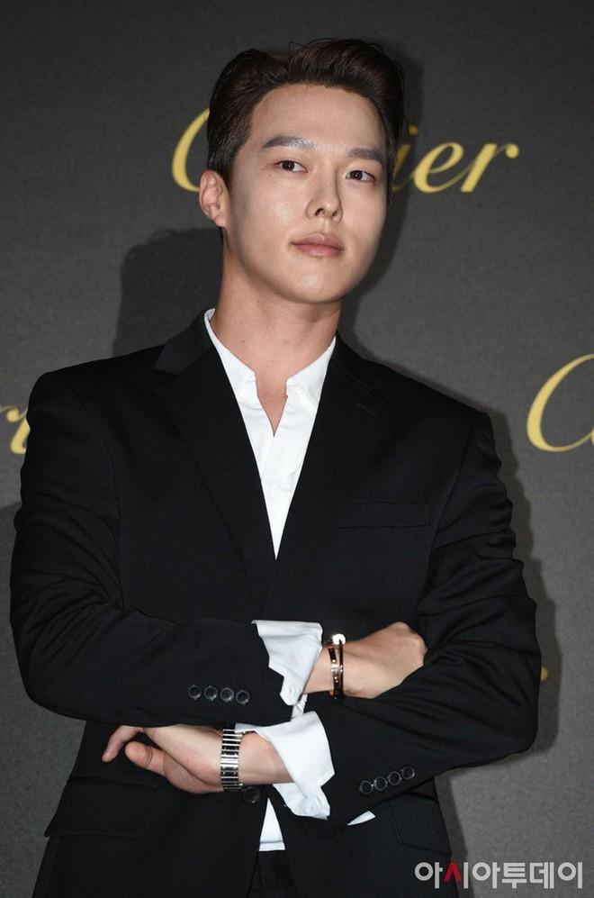 Hot nhất MXH: Màn đọ sắc siêu hiếm của 6 nam thần Kbiz còn không hot bằng màn tình tứ giữa Kang Daniel và đàn anh - ảnh 7