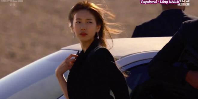 Cùng cảnh chiếc khăn gió lạnh: Song Hye Kyo gặp đức lang quân, Suzy (Vagabond) rơi vào tầm bắn! - ảnh 13
